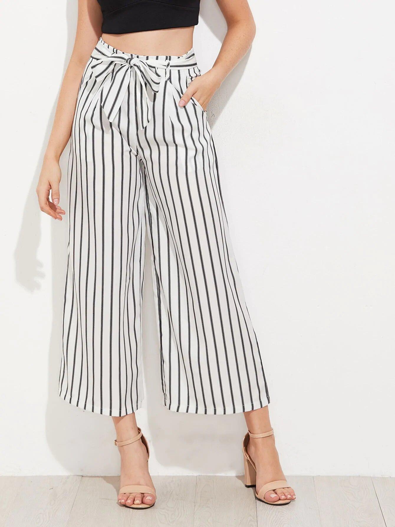 Pantalones de pierna ancha a rayas verticales Pantalones de pierna ancha a  rayas verticales 1 600x799 966e45208e6a