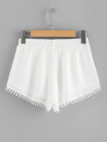 Rebajas Shorts de encaje con flecos 2 350x466