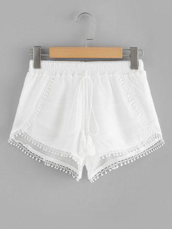 Rebajas Shorts de encaje con flecos 350x466
