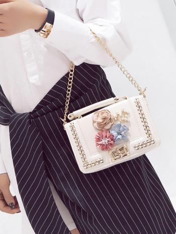 bolsos-maletas Bolso de Mano con flor 350x466