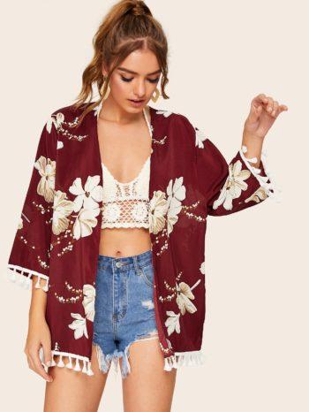 No Sidebar Kimono estampado floral con flecos 350x466
